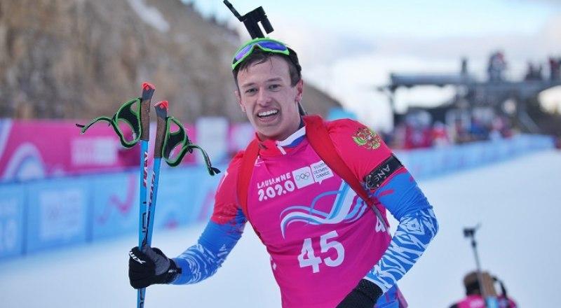 Вот он, наш первый чемпион зимних юношеских Олимпийских игр-2020 - алтайский биатлонист Олег Домичек.