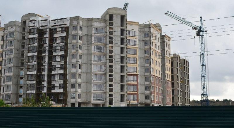Резкий рост цен на квартиры в новостройках не смог пошатнуть стабильность спроса. Фото Александра КАДНИКОВА.