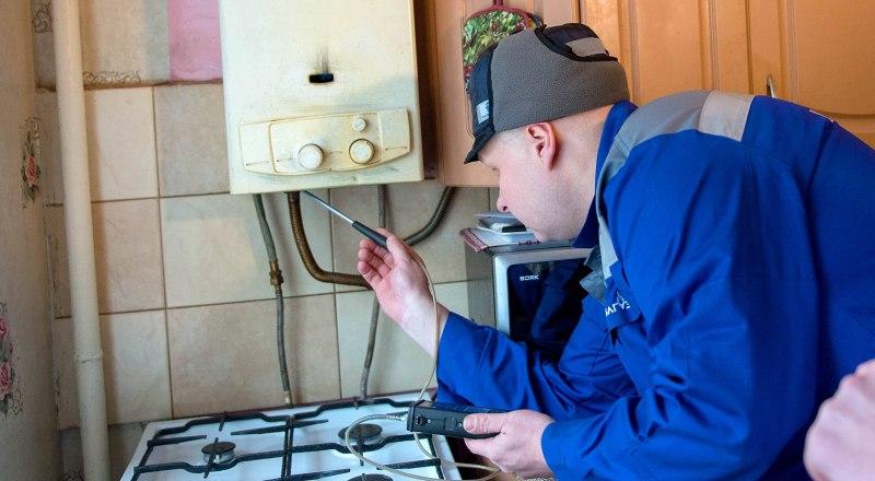 Доверять проверку газового оборудования в собственном доме стоит только специалистам.