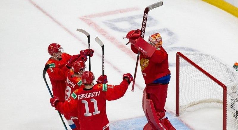 Вот он, счастливый миг победы россиян над американскими сверстниками.