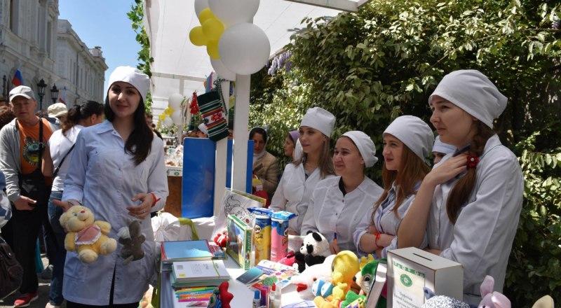 В празднике приняли участие более 70 организаций из Ялты и её окрестностей.