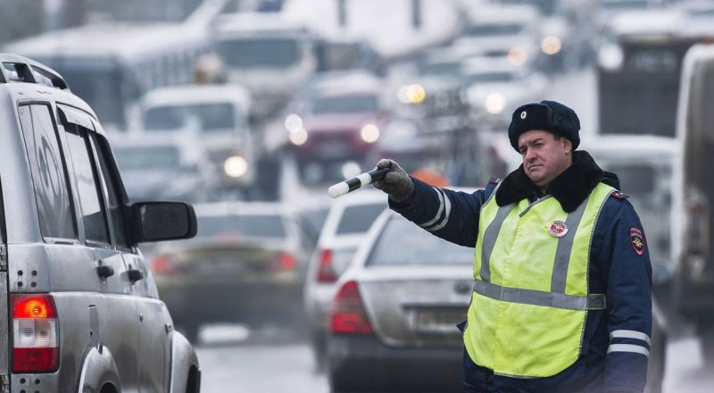 За опасное вождение смогут наказывать не сотрудники ГИБДД, а компьютеры.