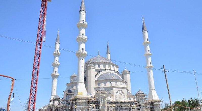 Возведение Соборной мечети завершено на 70%, практически готов