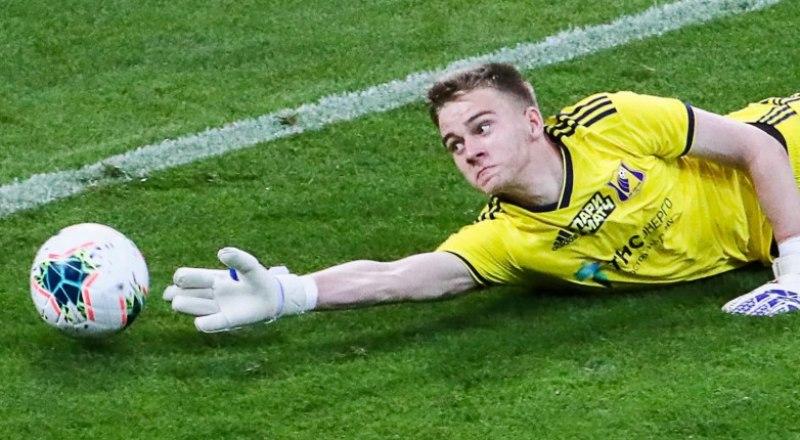 17-летний вратарь ФК «Ростов» Денис Попов.