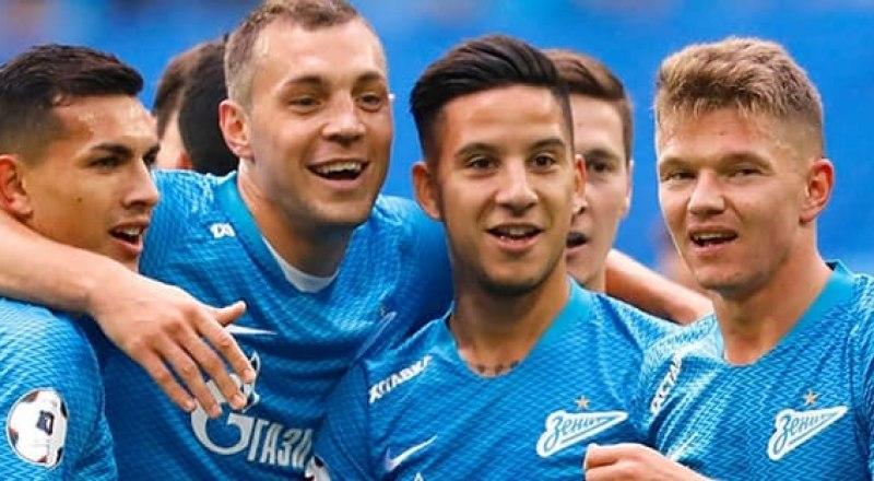 Вот такие они, чемпионы России 2019/20 года из санкт-петербургского «Зенита».