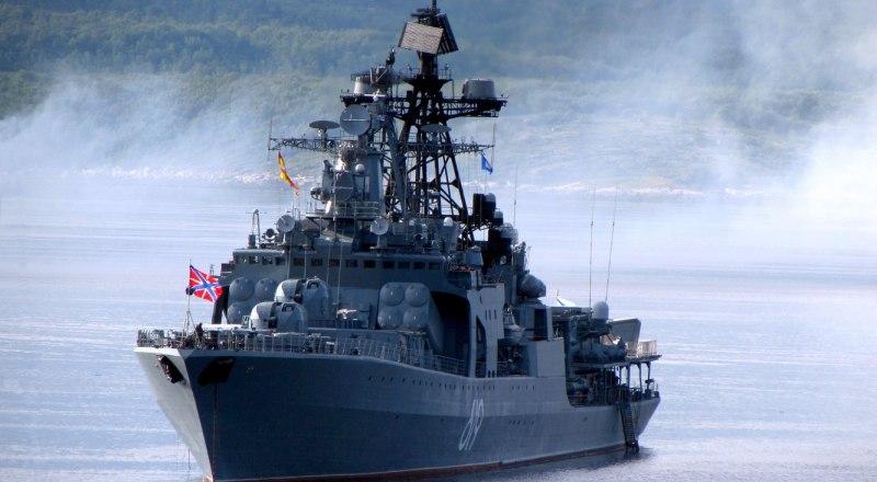 С сентября по декабрь экипаж корабля защищал гражданские суда от пиратов в акватории Индийского океана, Аденского залива, Красного и Аравийского морей.