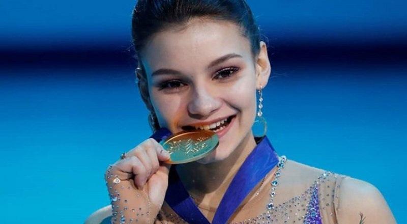 Новая чемпионка Европы по фигурному катанию 16-летняя уроженка Красноярска Софья Самодурова.