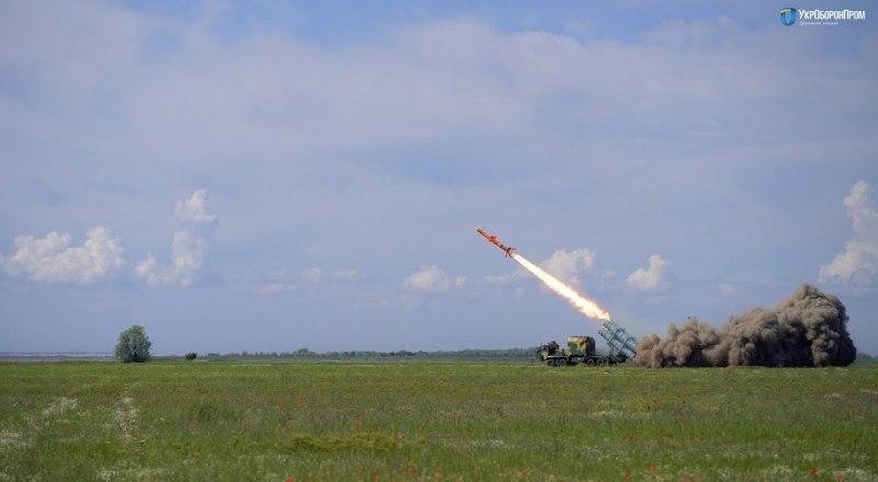 Фото из открытых источников. Испытания украинской крылатой ракеты, якобы угрожающей Крымскому мосту.