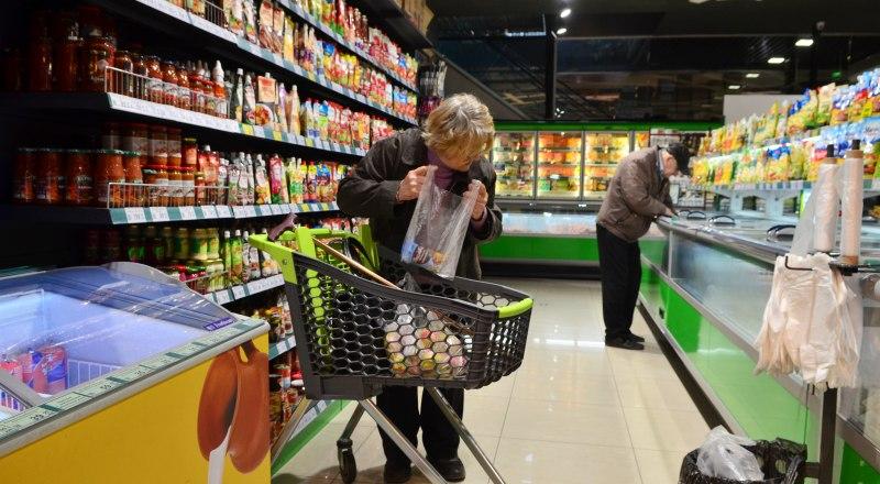 Владельцы магазинов уверяют, что подорожание связано с увеличением закупочных цен на фоне пандемии коронавируса и валютных колебаний.