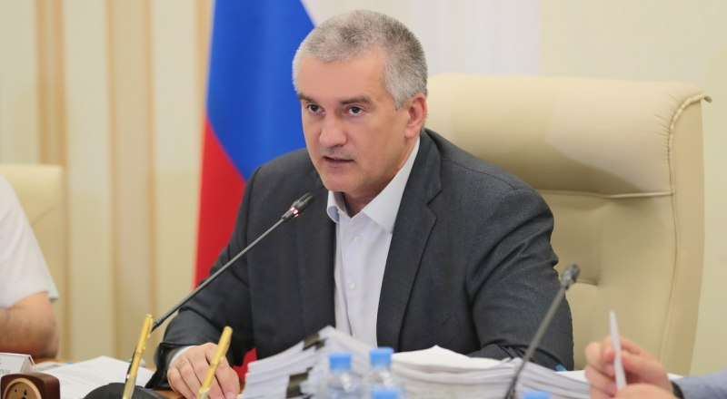 По словам Сергея Аксёнова, многие работники «Крымавтотранса» сотрудничают со следственными органами и дают показания.
