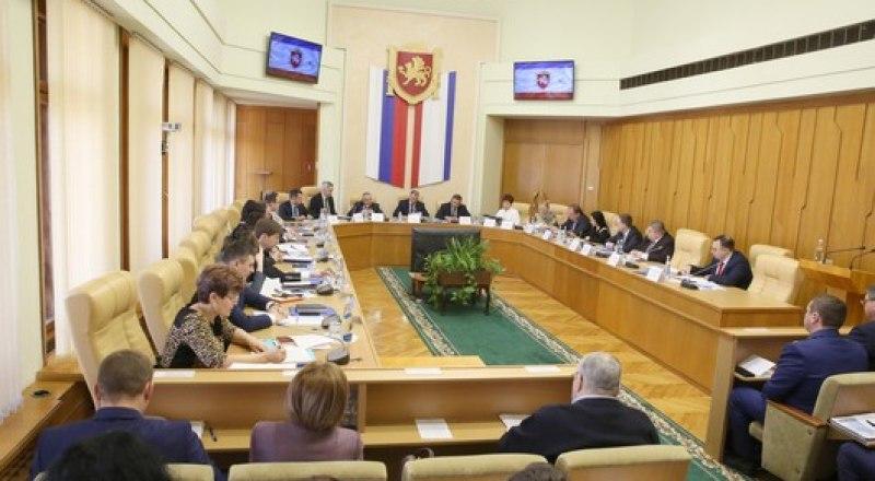 Крымские законодатели назвали дату открытия II сессии.