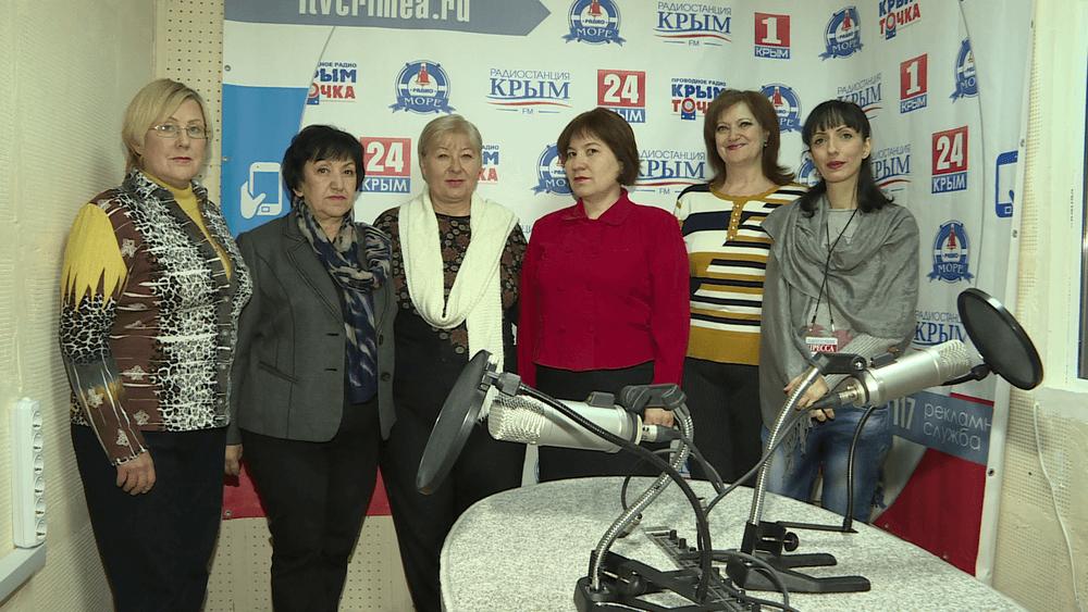 смотреть фото сотрудников радио крым фото